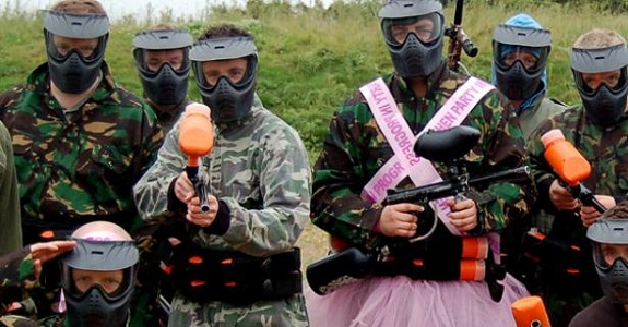 Paintballing | Hen